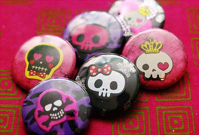 Pins, Badges and Buttons - (Another) ☠★ Skull Rock 6-Pack ★ ☠