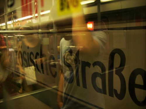 Wayfinding and Typographic Signs - u-bahn