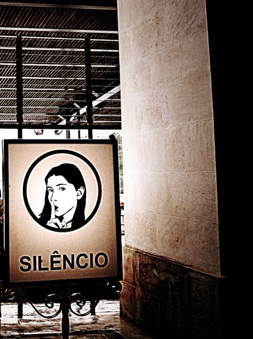 Wayfinding and Typographic Signs - silence