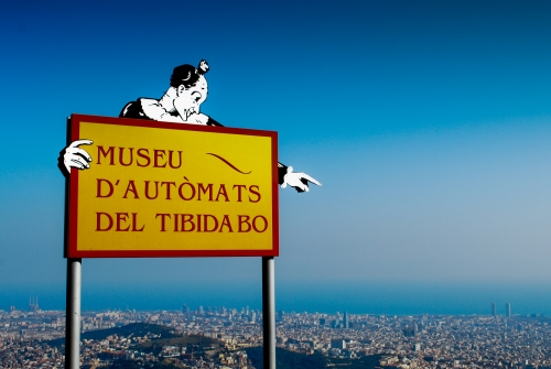 Wayfinding and Typographic Signs - this-way-to-tibidabo