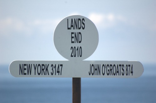 Wayfinding and Typographic Signs - john-ogroats-2