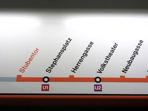 Wayfinding and Typographic Signs - vienna-subway-map