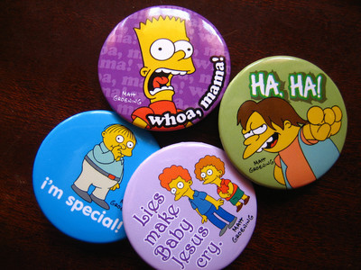 Pins, Badges and Buttons - Simpsons badges