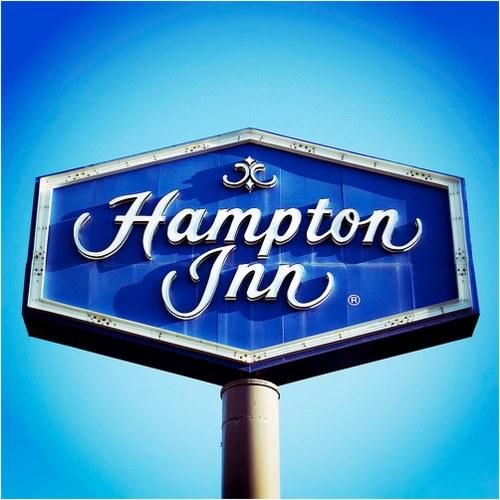 Vintage Signage - hampton inn. green bay, wi. 2006