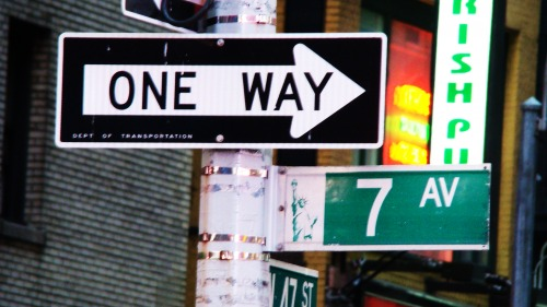 Wayfinding and Typographic Signs - seventh-avenue