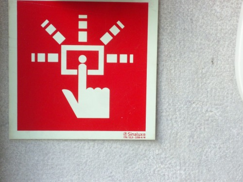 Wayfinding and Typographic Signs - sounds-strong-