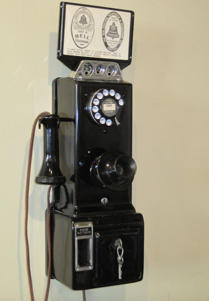 Rotary dial pay phones: the laggard's mobile phone of choice