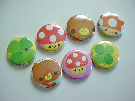 Vintage and Retro - - Kawaii Buttons -