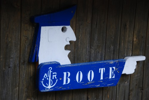 Wayfinding and Typographic Signs - port-sign-boote