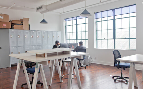 Coworking Spaces Around The World Smashing Magazine - Communal work table