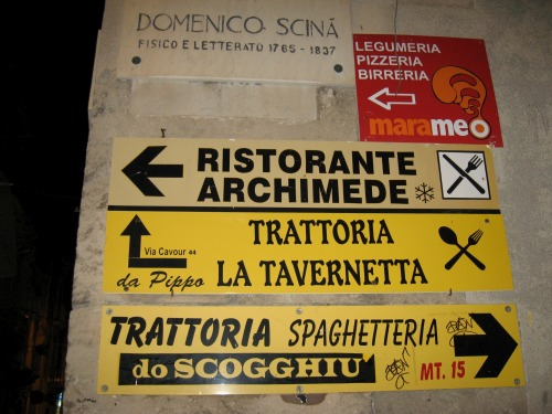 Wayfinding and Typographic Signs - restaurants