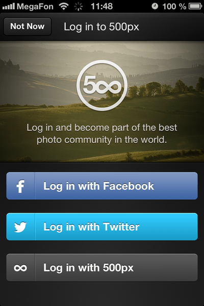 The 500px app offers one-click sign-on via Facebook or Twitter.