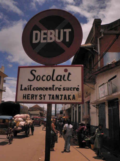 Wayfinding and Typographic Signs - watch-out-for-the-chocolate-traffic-sign-in-madagascar