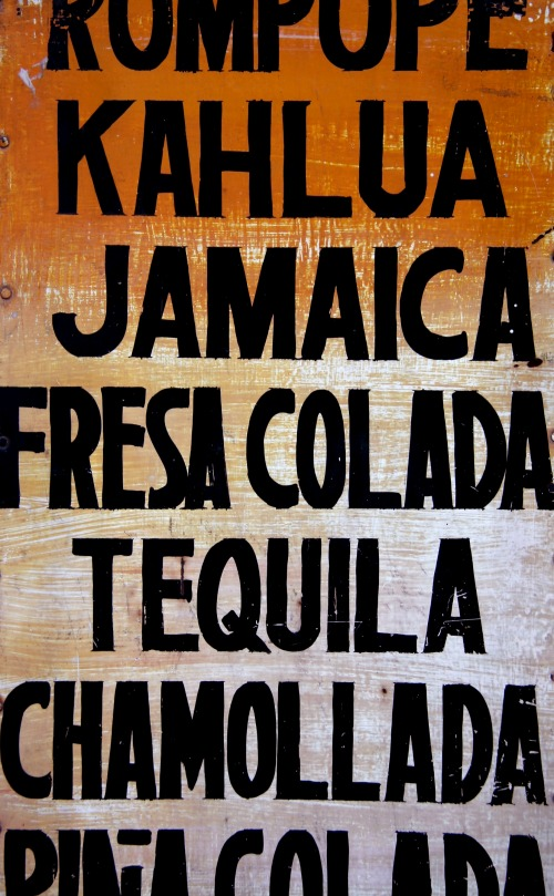 Wayfinding and Typographic Signs - raspado-menu