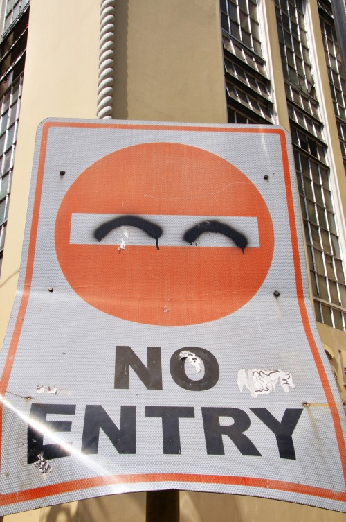 Wayfinding and Typographic Signs - strictly-no-ninjas