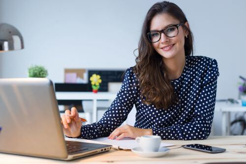 06-responsive-image-example-woman-0-opt