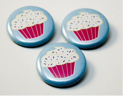Pins, Badges and Buttons - Hey Cupcake! pinback buttons