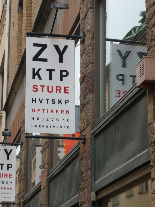 Wayfinding and Typographic Signs - stockholm-optometrist-signage