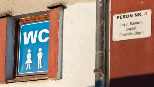 Wayfinding and Typographic Signs - oops-i-did-it-again