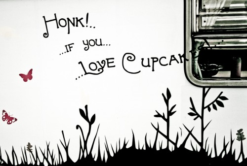 Wayfinding and Typographic Signs - honk-if-you-love-cupcakes