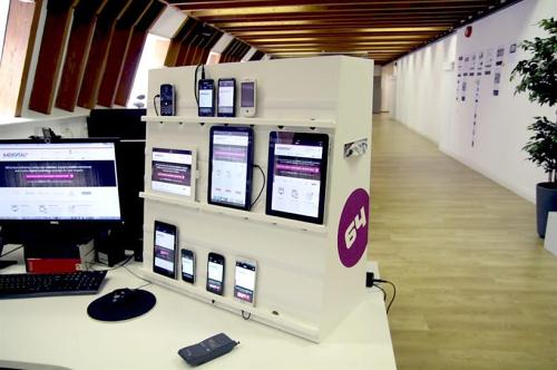 64 Digital's device testing station
