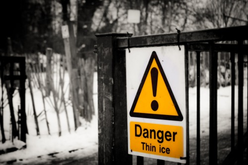 Wayfinding and Typographic Signs - thin-ice