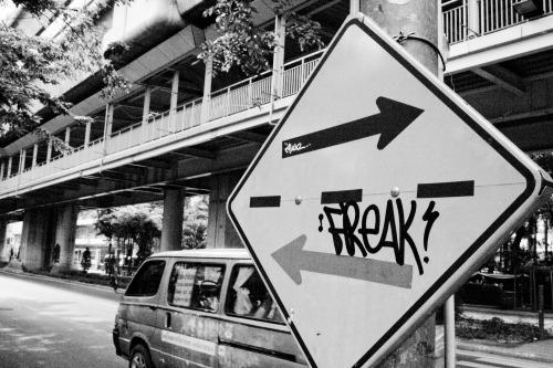 Wayfinding and Typographic Signs - bangkok-streets