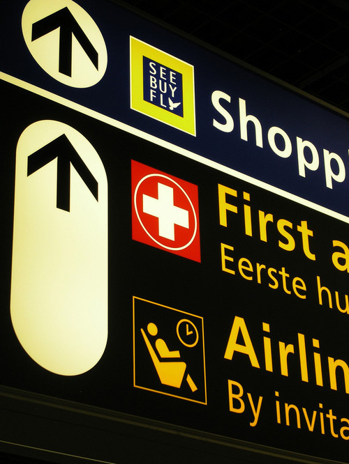 Amsterdam Schiphol Airport: Signs