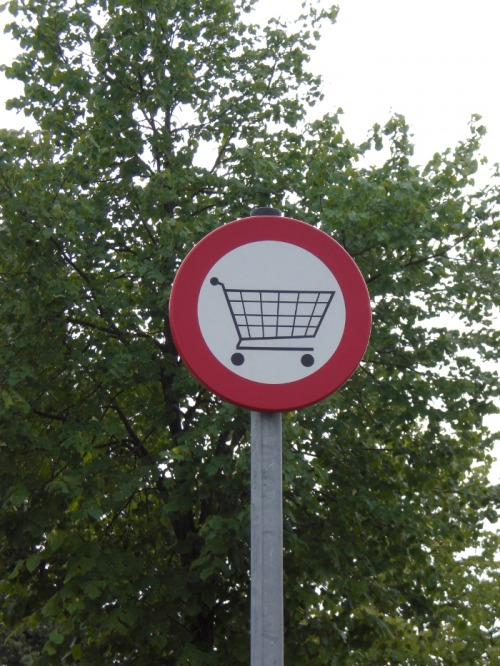 Wayfinding and Typographic Signs - ban-for-shopping-cart-2