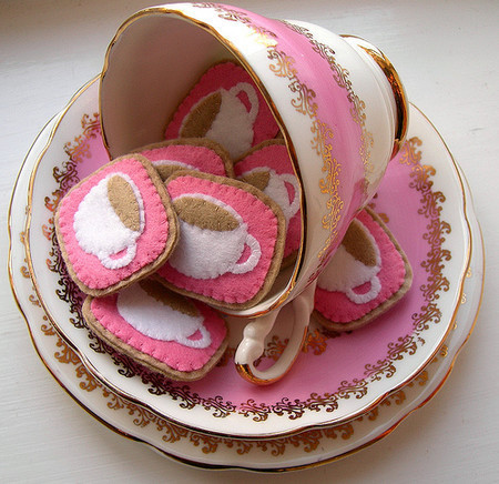 Vintage and Retro - Crafting 365, day 173 - pink teacups