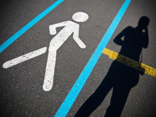 Wayfinding and Typographic Signs - walkingsign-and-shadow