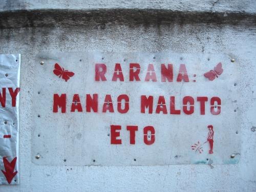 Wayfinding and Typographic Signs - rarana-manao-maloto-eto