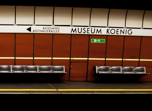 Wayfinding and Typographic Signs - museum