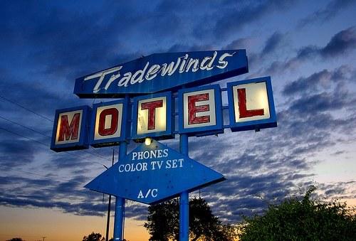 Vintage Signage - Tradewinds Motel - 2