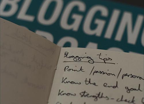 A Close-Up Picture of Some Blogging Instructions