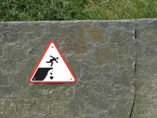 Wayfinding and Typographic Signs - moher