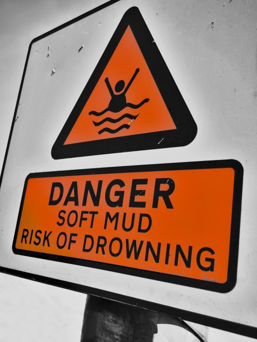 Wayfinding and Typographic Signs - risk-of-drowning-in-spaghetti