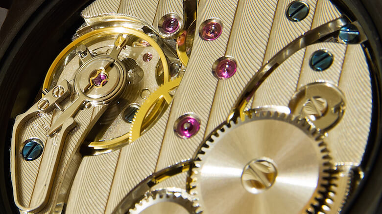 A mechanical watch movement