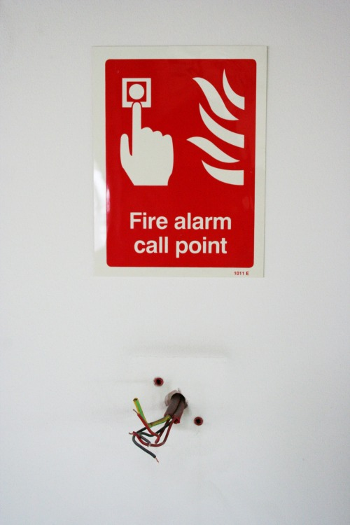 Wayfinding and Typographic Signs - fire-alarm-sign