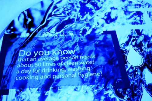Wayfinding and Typographic Signs - do-you-know-water