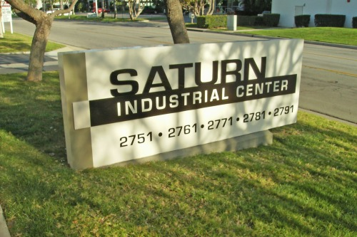 Wayfinding and Typographic Signs - saturn