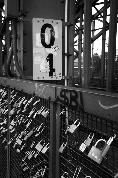 Wayfinding and Typographic Signs - 04415-lovebirdlocks