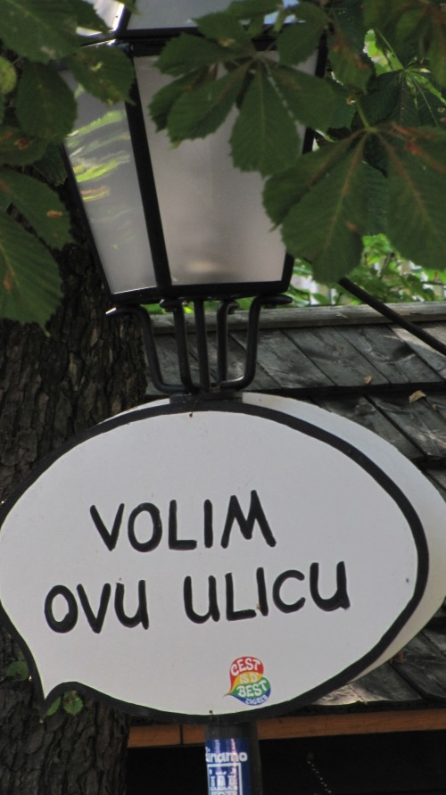 Wayfinding and Typographic Signs - talking-tree-sign