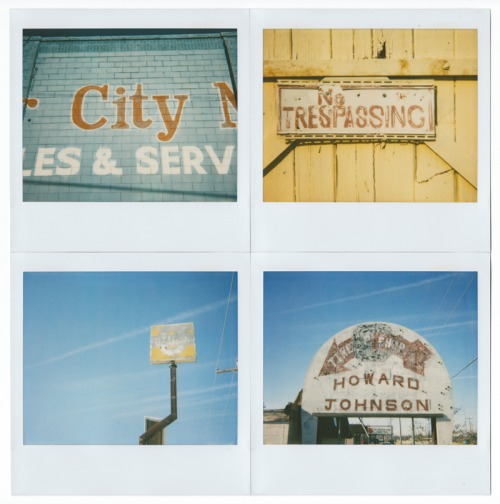 Wayfinding and Typographic Signs - vernacular-typography-polaroids-2