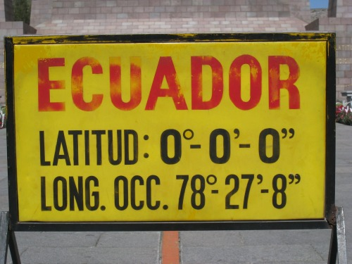 Wayfinding and Typographic Signs - ecuador-sign-ecuador
