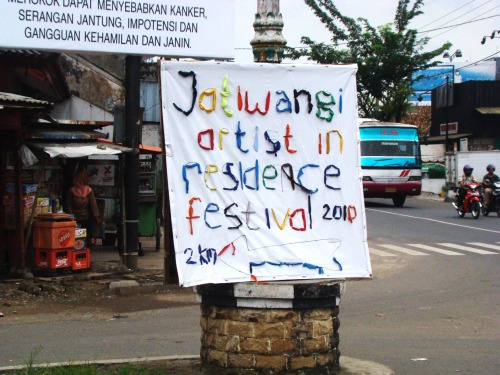 Wayfinding and Typographic Signs - jatiwangi-artist-residency-sign